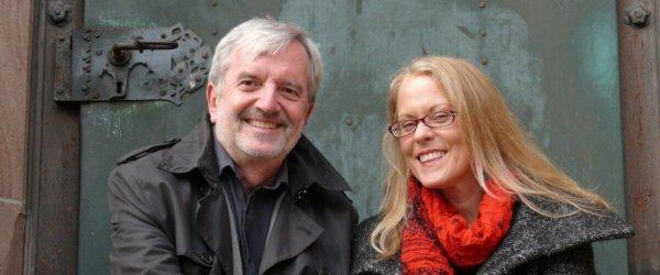 MULTIMEDIALE  LESUNG: Ermittler-Duo auf Spurensuche